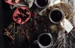 Honey Pomegranate Mulled Wine Recipe