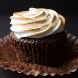 Hot Chocolate Cupcakes with Toasted Marshmallow Frosting Recipe