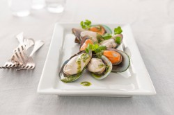 New Zealand Greenshell Mussels with Salsa Verde