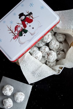 No Bake Gingersnap Snowball Cookies