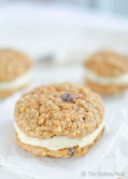 Oatmeal Carrot Whoopie Pies with Cream Cheese Frosting Recipe