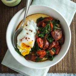 Polenta Bowl with Garlicky Spinach Chicken Sausage and Poached Egg Recipe