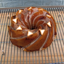 Pumpkin Kiss Bundt Cake