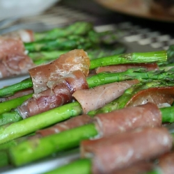 Roasted Asparagus with Proscuitto