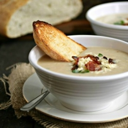 Roasted Cauliflower and Gruyere Soup Recipe