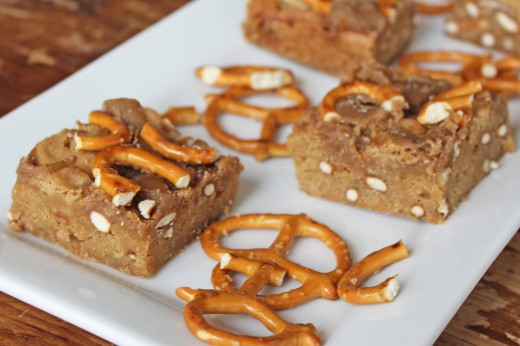 Salted Caramel Pretzel Blondies Recipe
