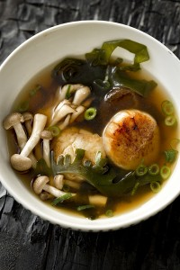 Seaweed Soup with Scallops