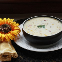 Slow-Cooker Corn Chowder with Bacon