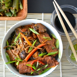 Soba Noodles with Peppers Bok Choy and Sugar Snap Peas Recipe