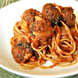 Spaghetti w/ Spicy Bison Meatball