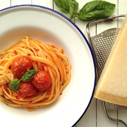 Spaghetti with Roast Cherry Tomato
