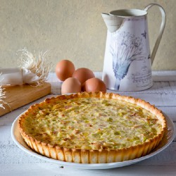 TUNA, BACON AND TUNA QUICHE