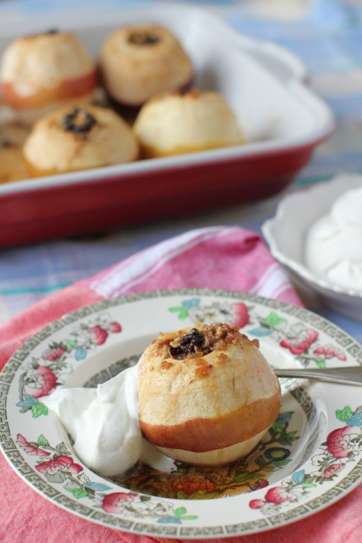 Baked Apples with 2 Fillings