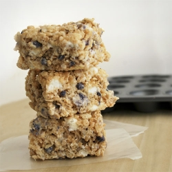 Blueberry Muffin Rice Krispy Treats