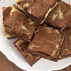 Bourbon Cream Cheese Swirl Brownies Recipe