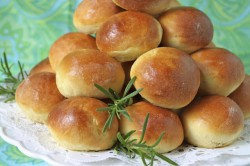 Brioche Buns with Fresh Rosemary