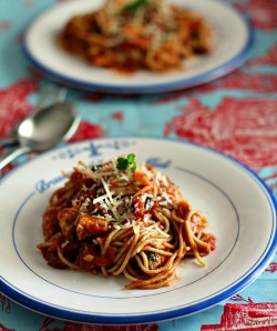 Chicken Spaghetti w/Red Wine Sauce