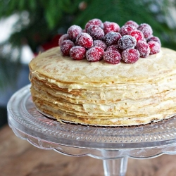 Crepes Cake with Sugared Cranberries Recipe