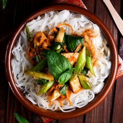 Curried Spicy Chicken with Basil Recipe