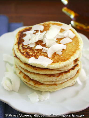 Fluffy Vegan Coconut Pancakes