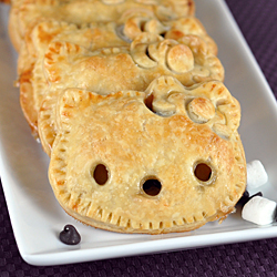 Hello Kitty S'mores Pie Pockets