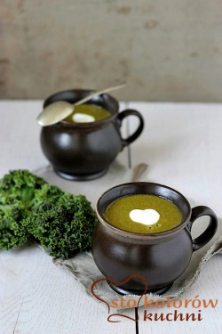 Kale cream soup