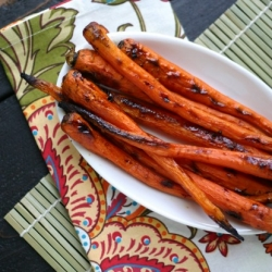 Maple Cardamom Roasted Carrots