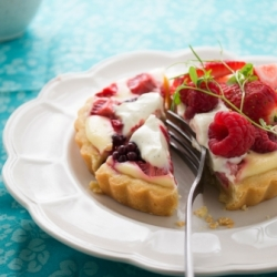 Mixed Berry Cheesecake Tartlets