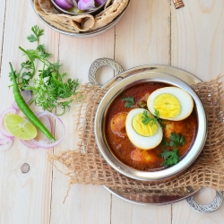 Moghlai Egg Korma Recipe