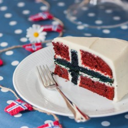 Norwegian Flag Cake