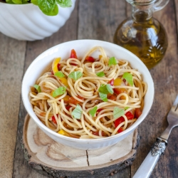 Pasta with Red Peppers and Balsamic Vinegar Recipe
