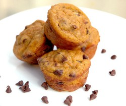 Pumpkin Chocolate Chip Mini Muffins