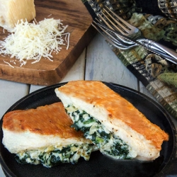 Spinach Artichoke Stuffed Chicken Recipe