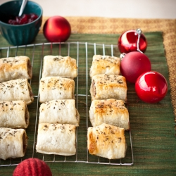 Turkey and Cranberry Sausage Rolls Recipe