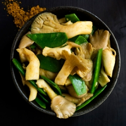 Curried Oyster Mushrooms with Snow Peas Recipe