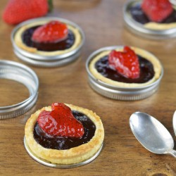 Dark Chocolate Strawberry Tarts