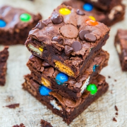 Fudgy Candy Bar Brownies Recipe