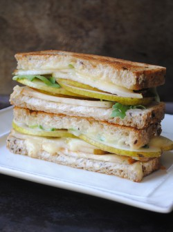 Grilled Brie Pear Sandwich Recipe