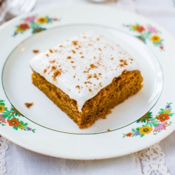 Pumpkin Cake with Pumpkin Spice Buttercream Frosting Recipe
