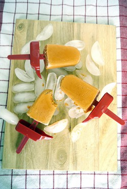 Thai Milk Tea Popsicles