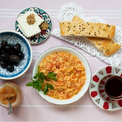 Turkish Scrambled Eggs Menemen