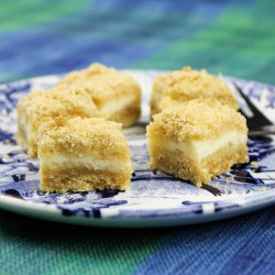 Lemon crumb bites