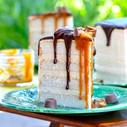 Salted Caramel Buttercream Frosting with Dark Chocolate Ganache for White Layer Cake Recipe