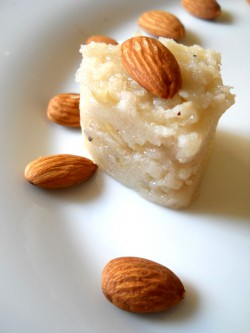 Badam Suji Halwa Recipe – Semolina Almond Pudding