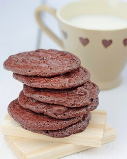 Chocolate Puddle Cookies