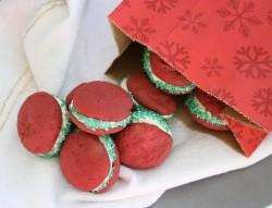 Red Velvet Christmas Whoopie Pies