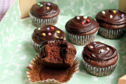 Chocolate and soy milk cupcakes