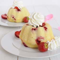 Strawberry Mini Bundt Cake