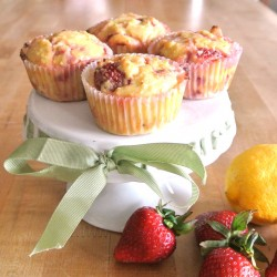 Low Calorie Strawberry Zest Muffins