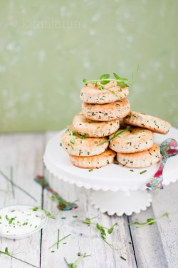 Goat Cheese Chive Biscuits Recipe